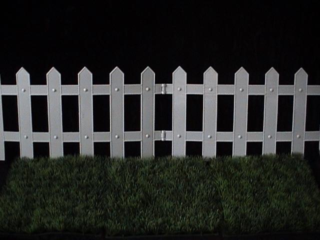 cerca para jardim branca:Cerca de plástico branca . . 0,25 alt x 1.45 lg Unidade
